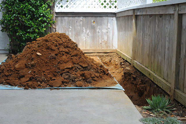 dirt is a common straight load, also known as clean fill, for dumpster rental
