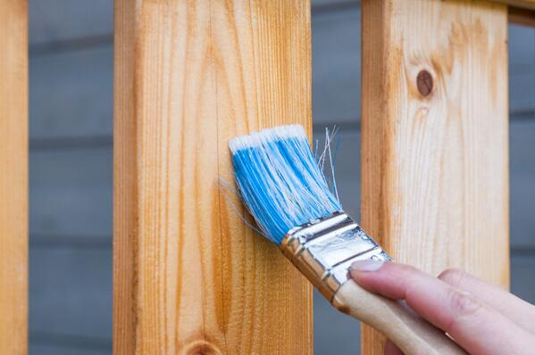 Redoing the wooden finish on your deck for a fresh look